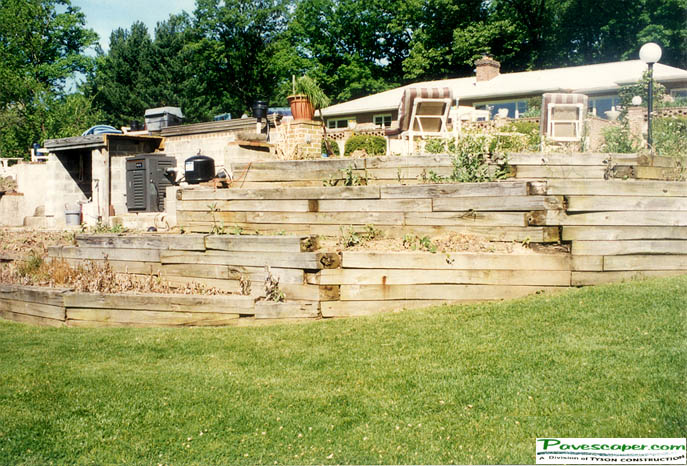 Pictures of Retaining Walls For Homes, Stone Patio Walls, Garden ...